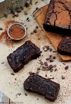 Podwójnie czekoladowy chlebek cukiniowy