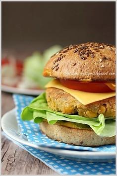 Dietetyczne, domowe hamburgery bez mięsa
