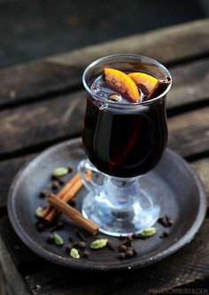 Aromatyczne grzane wino