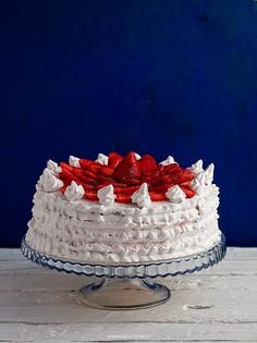 Tort truskawkowo - rabarbarowy