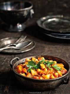 Curry z kalarepy i ciecierzycy