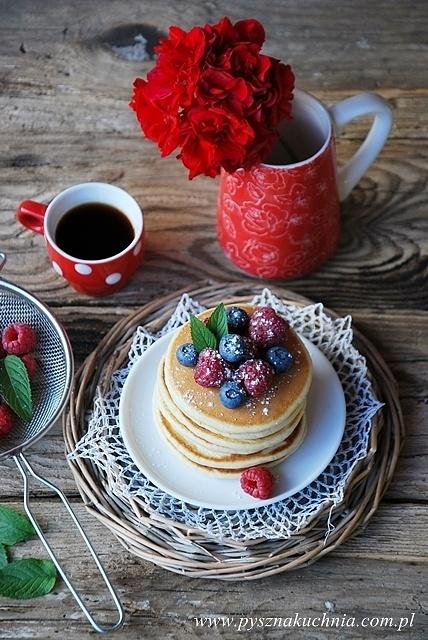 Pancakes z prawdziwą wanilią i owocami