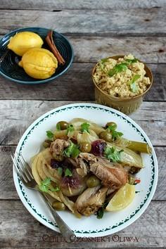 Tażin z kurczaka z kiszonymi cytrynami i oliwkami - Djaj Mqualli