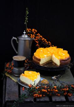 Sernik potrójnie pomarańczowy