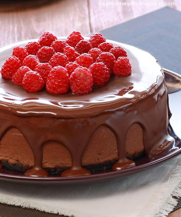 Sernik czekoladowo-malinowy