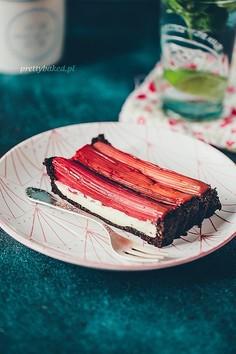 Rabarbarowy słodziak, czyli tarta bez pieczenia