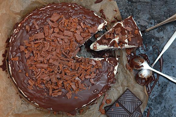 Brownie z batonikami Daim i kremem