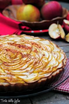 Tarta ryżowa z jabłkami