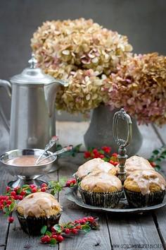 Pełnoziarniste muffinki dyniowe z cynamonowym lukrem