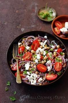 Nohut Salatası - turecka sałatka z ciecierzycy