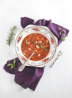Toskańska zupa fasolowa (wegańska)