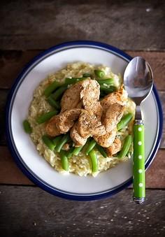 Risotto z zieloną fasolką szparagową i kurczakiem