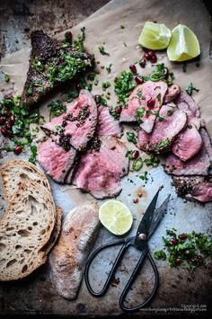 Wołowina w pieprzu z aromatyczną gremolatą