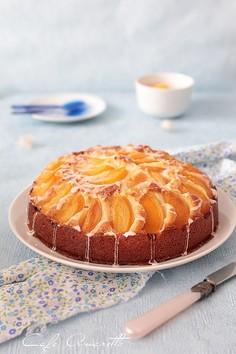 Ciasto kubeczkowe z brzoskwiniami