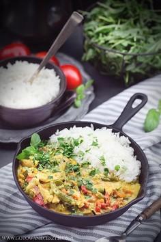 Curry warzywne z kurczakiem