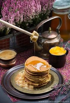 Korzenno dyniowe pancakes z sosem gruszkowym