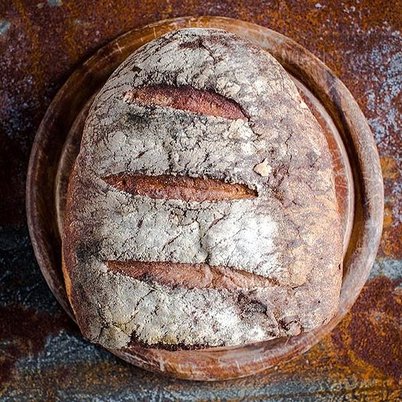Chleb na zakwasie z ziemniakami