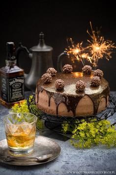 Tort czekoladowy z whiskey i dżemem dyniowym