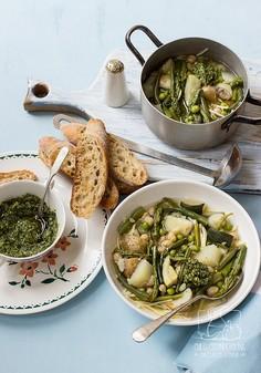 Zielone minestrone - szybka, wiosenna zupa