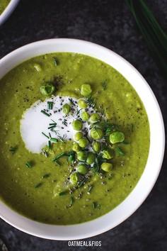 Zupa krem z brokułów, groszku i koperku
