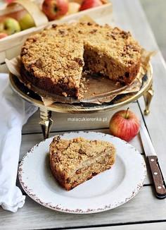 Ciasto z jabłkami, bakaliami i kruszonką
