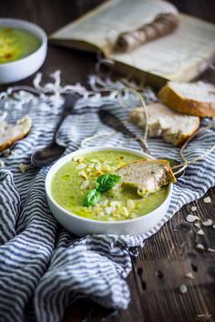 Zupa brokułowa z serem gorgonzola