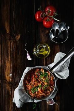 Spaghetti z dynią makaronową i indykiem
