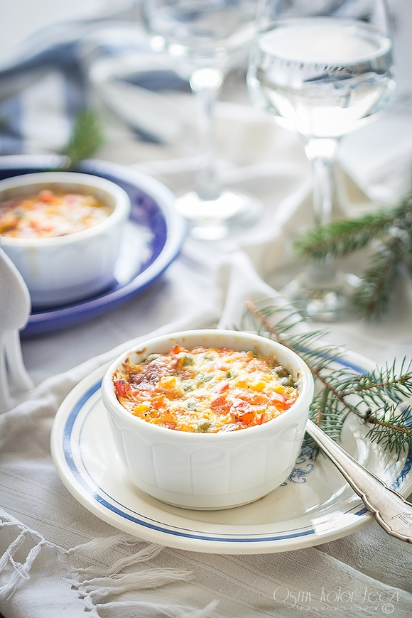 Serowe casserole z kukurydzy i groszku