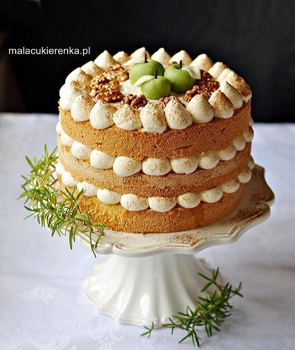 Tort Naked jabłkowo-orzechowy z musem morelowym