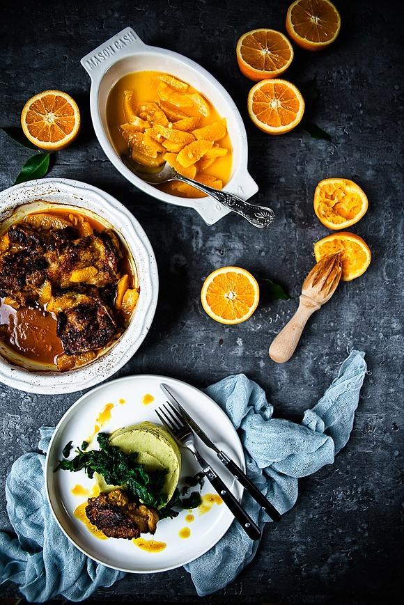 Purree z ciecierzycy i bobu ze szpinakiem oraz kurczak w pomarańczach
