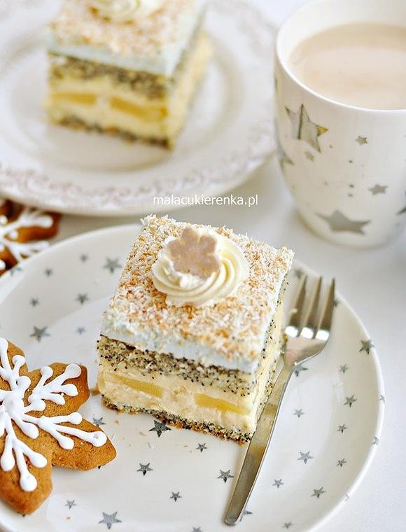 Ciasto makowe Gwiazdka z kokosem i ananasem
