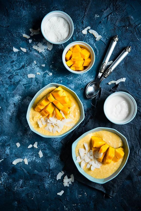 Smoothie Bowl o smaku kokos-mango