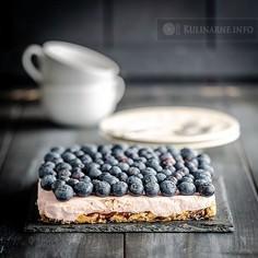 Ciasto bez pieczenia z pianką i borówkami