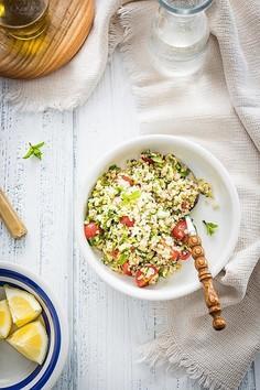 Tabbouleh – prosta letnia sałatka z bulgurem