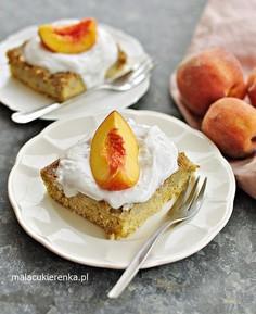 Ciasto z kaszy jaglanej z owocami bez cukru, bez glutenu, wegańskie
