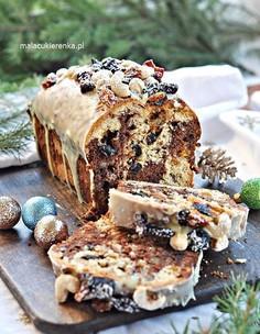 Marmurkowy keks z bakaliami i czekoladą