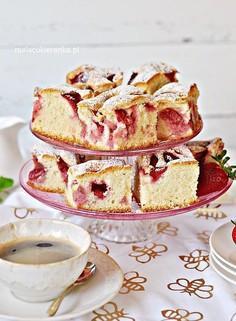 Najprostsze szybkie ciasto z truskawkami