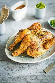 Pieczony kurczak z chrupiącą skórką