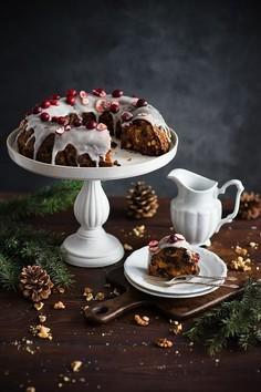Świąteczne ciasto w angielskim stylu - bożonarodzeniowy pudding z bakaliami